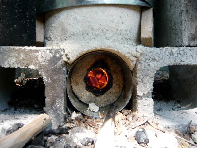 Briquette Burning Stove